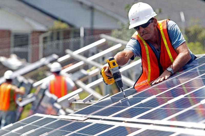 Electriciens panneaux photovoltaïques